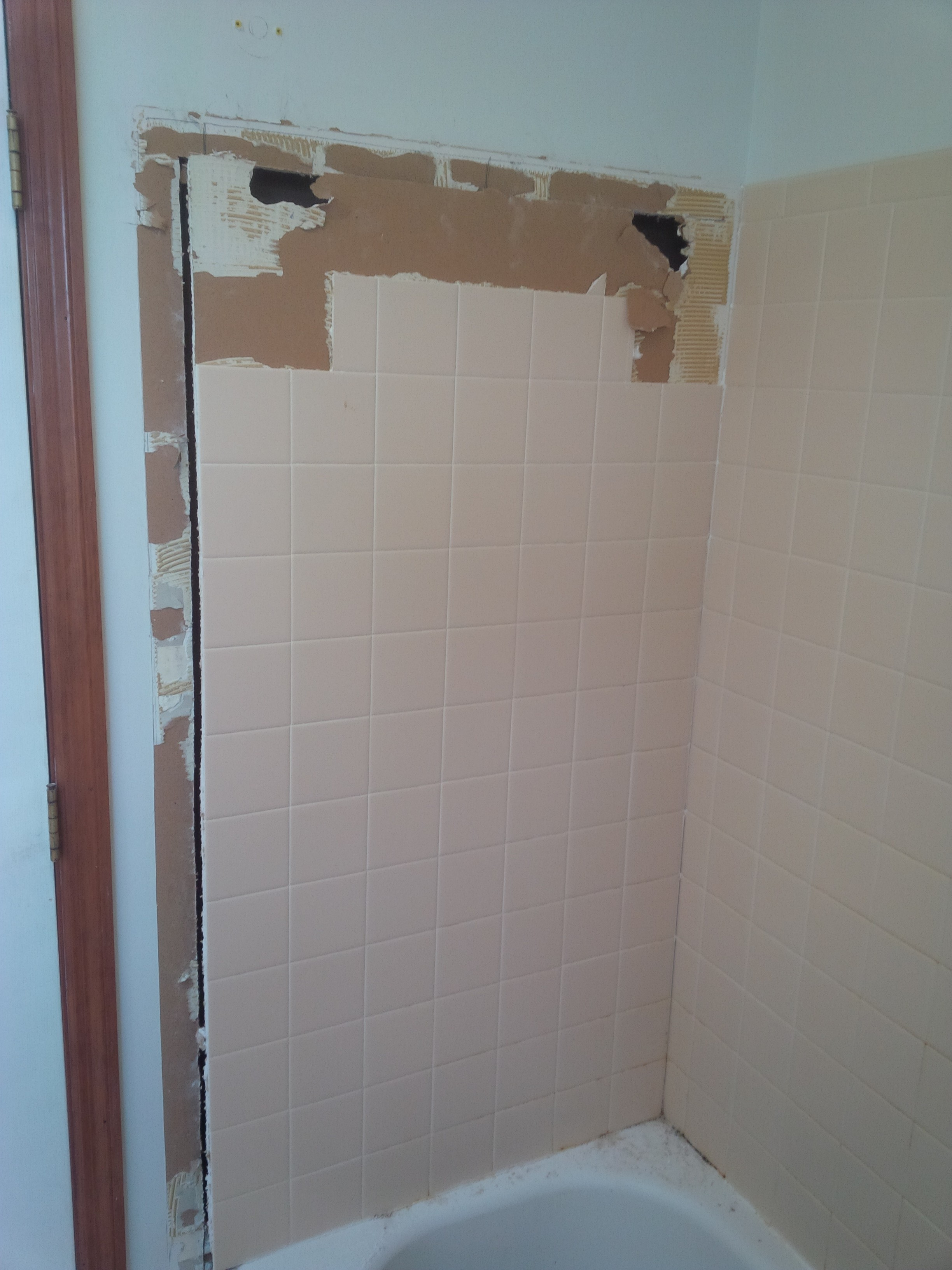 Re Tile Bathroom Re Tile A Tub Or Shower Part One A